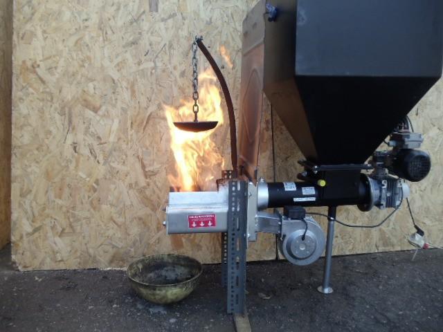 Угольная горелка для твердотопливного котла